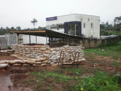 As First Bank reopens:  Dagogo, In Away, Aro News Team, Ivi comes to Aro rescue